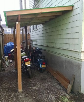 motorcycle-lean-to