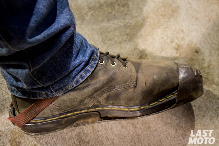 salem-flat-track-02-hot-shoe